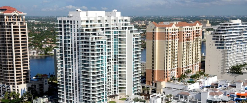 Las Olas Beach Club Condo